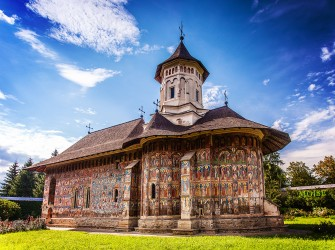 8 days in Romania to visit  Bucovina and Moldova regions