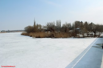 On the lake frozen on the tracks of the prince Vlad: in he nature reserve of Snagov nature and some mystery (on Dracula)